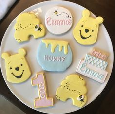 Winnie the Pooh Cookies / One Dozen - Beckett Baby Name - Ideas of Beckett Baby Name - Excited to share this item from my shop: Winnie the Pooh Cookies / One Dozen Winnie The Pooh Themes, Winnie The Pooh Cake, Winnie The Pooh Birthday, Baby Girl First Birthday, Boy Birthday Parties, Birthday Ideas, Baby Boy Birthday Themes, First Birthday Cookies, Birthday Wishes