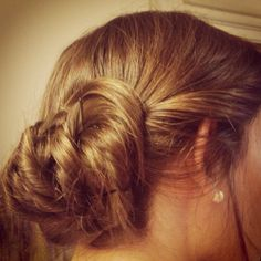 Easy up-do for layered hair