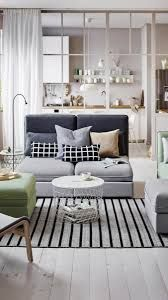 Decorate your bedroom with passion and style. Have a look at these 2017 trends! #livingroomcolors2017 #masterbedroomideas2017 #celebratedesigns For more inspirations press/click on the image