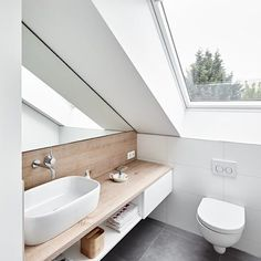 Attic conversion, rating modern bathroom by philip kistner photography modern - Dachgeschossausbau, Ratingen: modern bathroom by Philip Kistner Fotografie - Small Attic Bathroom, Loft Bathroom, Upstairs Bathrooms, Bathroom Interior, Master Bathroom, Serene Bathroom, Bathroom Green, Bathroom Bin, Modern Bathrooms