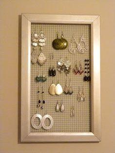 Hopelessly Ever After: DIY Earring Holder