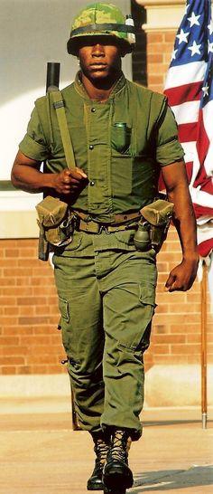 Uniform Packages | United States Marine Corps Historical Company Marine Corps Quotes, Marine Corps History, Marine Corps Bases, Marine Corps Uniforms, Marine Officer, Navy Uniforms, Female Marines, Us Marines, Barbary Wars