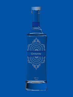 ♂ Package design Projeto Cachaça Ribeirão by Lais Oliveira blue bottle