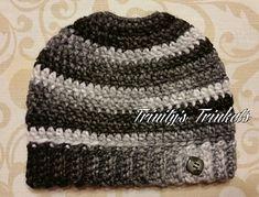 Ravelry: Super Simple Messy Bun Beanie pattern by Debra Brannon Ponytail Hat Knitting Pattern, Beanie Pattern, Knitting Patterns, Crochet Patterns, Hat Patterns, Chia Pet, Ferrets, Messy Bun, Super Simple