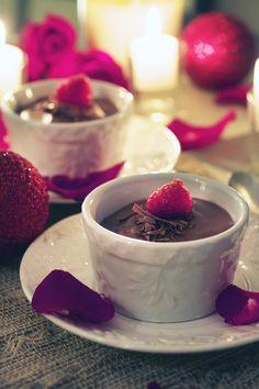 Paleo Valentine's Day dessert: Dark Chocolate and Raspberry Pot de Creme
