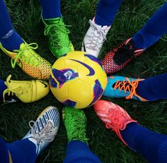 Cool soccer picture to take with friends. This should be my team's next time we get team pictures taken. We should also put different pictures around it showing our faces...wow! I just found out something... I'm a genius!