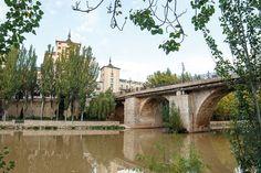 Desde las márgenes del Duero tenemos una de las vistas más representativas de la villa