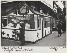 chock full of nuts coffee shop | Chock Full O'Nuts on Lexington Avenue and 86th Street, 1935. (Courtesy ...