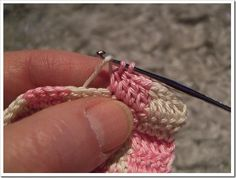 A couple of tips for crocheting 2colour patterns. When changing from colour1 to colour2, make sure to do the change on the last stitch of t...