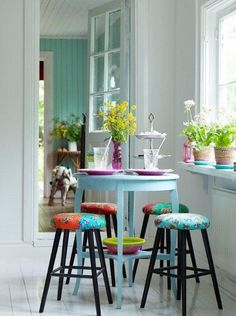 10 Small Dining Room Design Ideas For Your Favorite Minimalist Home Simple Home Decoration, Deco Addict, Deco Boheme, Small Dining, Dining Room Design, Style At Home, Simple House, Minimalist Home, Small Spaces
