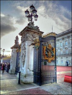 #Buckingham Palace, London, England