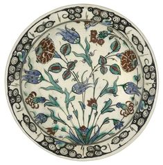 An Iznik polychrome pottery dish, Turkey, late 16th century | Lot | Sotheby's