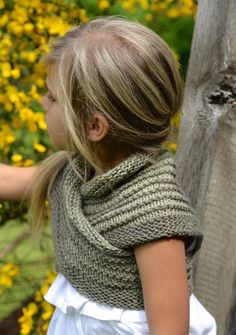 Ravelry: Bramble Shawl by Heidi May
