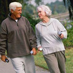 Spor Her Yaşta Faydalı ! Spor çocuk ve gençlerde mutluluk, öfkeyi kontrol edebilme, saldırganlığı frenlemeye yardımcı oluyor. Erişkinlerin dinç ve dinamik görünmelerini, seks yaşamlarının daha düzenli ve tatminkâr olmasını sağlıyor. Yaşlılar, dinç yapıları ile toplum içinde sevilen kişiler oluyor. Spor genç yaş gruplarında sorumluluk duygusunun yanı sıra öfkeyi kontrol edebilme, saldırganlığı frenlemede sporun göz ardı edilmeyecek etkisi olduğunu, ayrıca dikkat dağınıklığının önüne geçmesine…