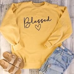 Shop & Buy Women Sweatshirts Pink Tops Fall Clothing Christian Graphic Pullover Hoodie Long Sleeve Lady Streetwearping Online from Aalamey Hoodie Sweatshirts, Pullover Hoodie, Monogram Pullover, Grunge Outfits, Fall Outfits, Cute Outfits, Long Sleeve Sweater, Long Sleeve Tops, Tokyo Street Fashion