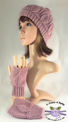 Handmade hat and mit