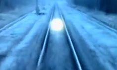 Objetos luminosos perseguem trens na Rússia