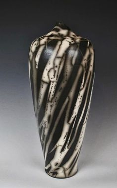 Ceramic Flower Pots, Ceramic Pots, Ceramic Clay, Raku Pottery, Pottery Art, Concrete Sculpture, Sculptures Céramiques, Keramik Vase, Clay Vase