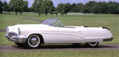 1953 Buick Wildcat.... this car is awesome