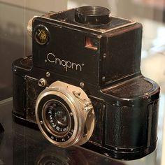 "Primera cámara réflex de 35mm del mundo - La era soviética ""Sport"" Cámara."