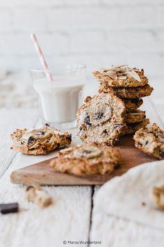 Die besten gesunden Banana Cookies ever. Milk Cookies, Cookies And Cream, Yummy Cookies, Banoffee Pie, Coconut Crack Bars, Easy Family Meals, Family Recipes, Choco Chips, Dessert Bars