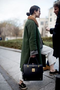 Rue de la Montagne, Paris - love this coat/bag