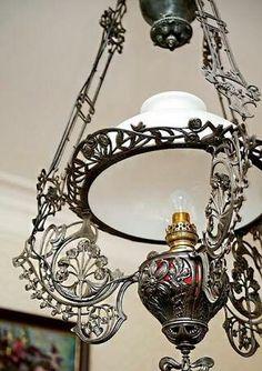 Antique Lamps, Antique Lighting, Vintage Lamps, Home Lighting, Lighting Ideas, Kerosene Lamp, Oil Lamps, Lampshades, Fused Glass