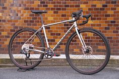 BICYCLE STUDIO MOVEMENT BLOG: FAIRDALE WEEKENDER DROP納車!