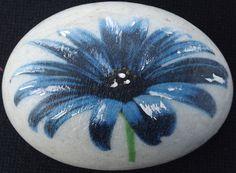 Pedra decorada com Flor