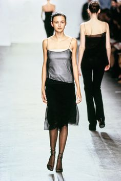 Calvin Klein Collection Fall 1999 Ready-to-Wear Fashion Show - Trish Goff