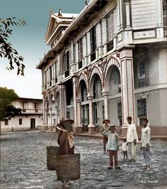 """Hotel de Oriente with its tropical Spanish arcade. Manila, Philippines, Late 19th or early 20th century""  Image source: John Tewell Colorized by E.S.Sison"
