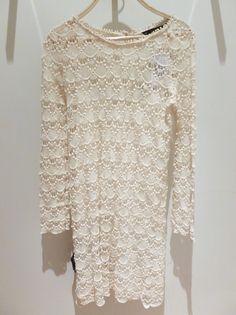 La robe en dentelle de chez Zara