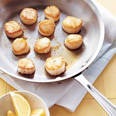 Pan-Seared Scallops with Lemon