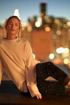 Slide View: 6: Saskia Oversized Pullover