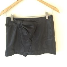 "Trafaluc By ZARA Black Miniskirt Size XS Trafaluc By ZARA Black Miniskirt Size XS waist lay flat 14"" skirt height 13"" ❌ sorry no trades - price is firm even if bundled ❌ Zara Skirts Mini"