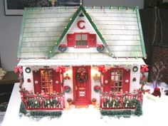 Chloe and I have been having fun looking at Christmas dollhouses for inspirations. We loved this Christmas house. Christmas Barbie, Christmas Minis, Christmas Home, Vintage Christmas, Christmas Crafts, Christmas Decorations, Merry Christmas, Xmas, Christmas Village Houses