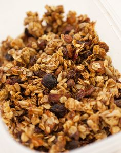 Fruity granola, Wholeliving.com #lunchbunch