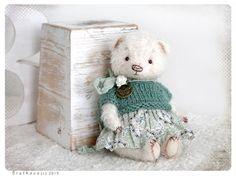 Etsy の Pocket size Teddy Mini bear 6 inch 15 cm by zverrriki