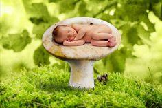 30 Awesome Newborn Photography Ideas