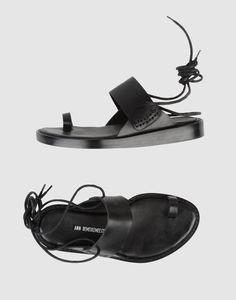 ANN DEMEULEMEESTER Thong sandal