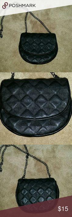 Mini black purse Mini black print designed purse with chain strap brand new Forever 21 Bags Crossbody Bags