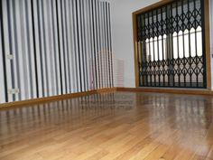 [6964] Bom T2, condomínio Fechado ao apeadeiro Coimbrões T2 DE BANCO COM TERRAÇO (15M2) INSERIDO EM CONDOMINIO FECHADO Sala com cerca de 30m2 com recuperador de calor e varanda, cozinha grande com dispensa e lavandaria,