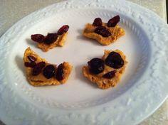 #FoodFunHop :: Peanut Butter Apple Fruit Crisps by http://www.giveawaygurus.com