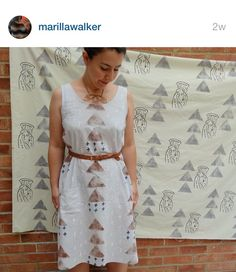 I hoped to lengthen the SOI cami I have into a dress. This one is perfect inspiration. Marilla Walker: Sew over it (not silk) silk cami Sew Over It Patterns, Sewing Patterns, Silk Cami Dress, Camo Jacket, Ladies Dress Design, Daily Fashion, Lace Skirt, Two Piece Skirt Set, Fancy