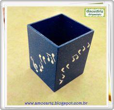 Peça organizadora - Porta lápis, pincel, pente... madeira http://www.amocarte.blogspot.com.br/