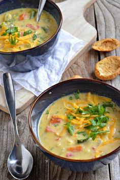 Summer Vegetable Chowder | mountainmamacooks.com #vegetarian #eatseasonal #glutenfree