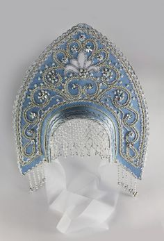 Russian kokoshnik headdress