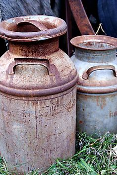 Rusty Old items | This is a picture of two old, rusty milk cans outside at the farm in ...