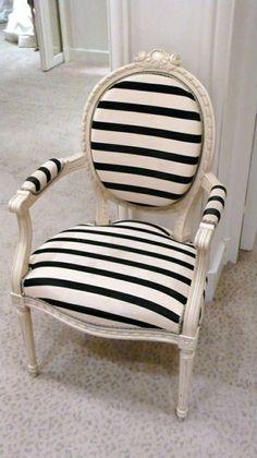 Si tenes una buena pieza de mobiliario que te gusta mucho pero te parece un poco antigua, dale una segunda oportunidad. Eso si! no lo hagas antes de leer algunos de nuestros consejos.: https://www.facebook.com/media/set/?set=a.468555056643412.1073741847.297392647092988&type=1
