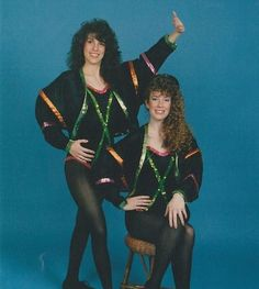 300023-the_sequin_twins
